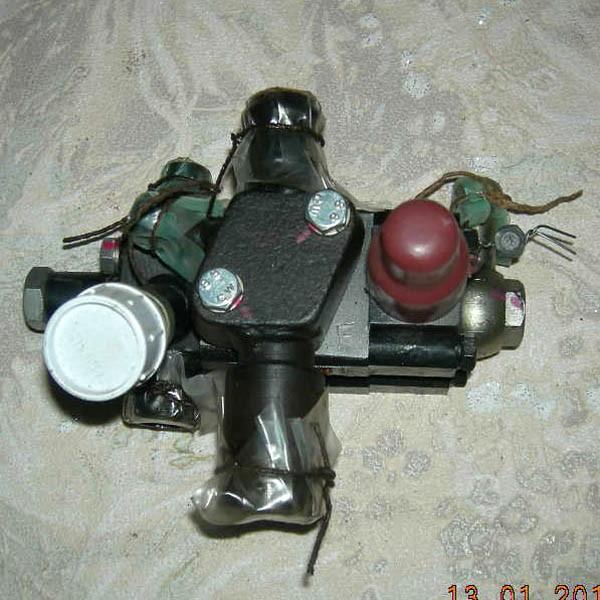 Клапан предохранительно-переливной