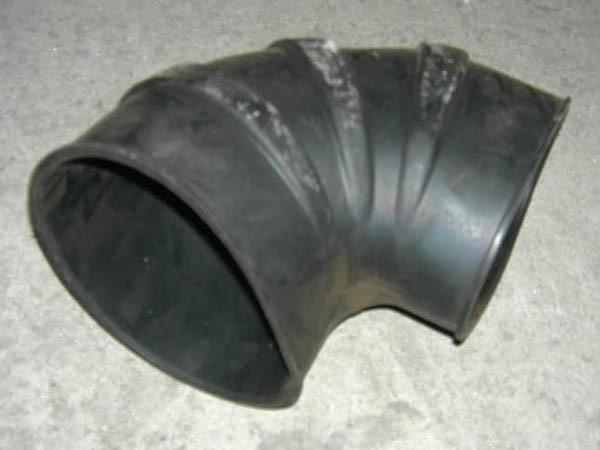 Шланг угловой установки воздушного фильтра